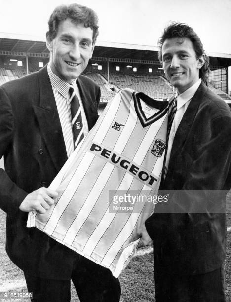 Coventry City's new signing Ray Woods with his new boss Terry Butcher 21st January 1991