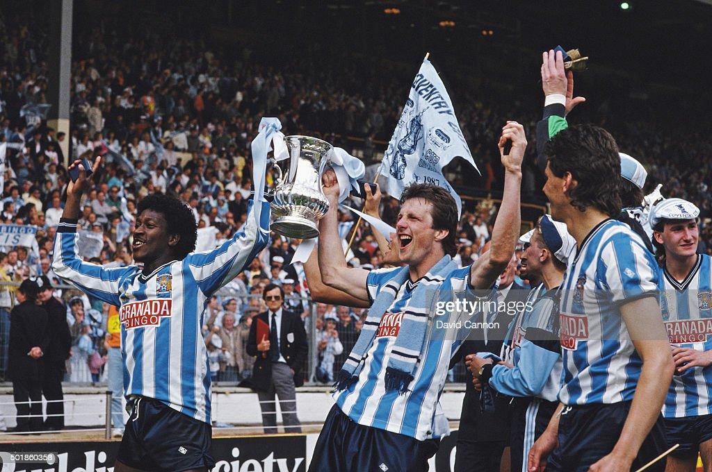 1987 FA Cup Final Coventry City 3-2 Tottenham Hotspur : News Photo