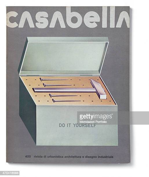 Cover of Casabella N 400 April 1975 20th Century graphic 31 x 245 cm Italy Lombardy Milan Arnoldo Mondadori Editore Whole artwork view Grey headline...