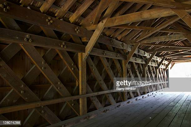 1854 covered bridge, sheffield, berkshires, massachusetts, new england, usa - barry wood stock pictures, royalty-free photos & images