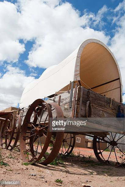 covered wagon - the oregon trail stock photos and pictures