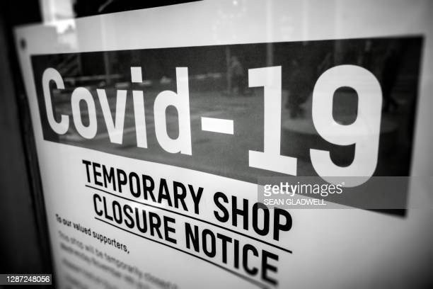 covid-19 closure sign - the end stock pictures, royalty-free photos & images