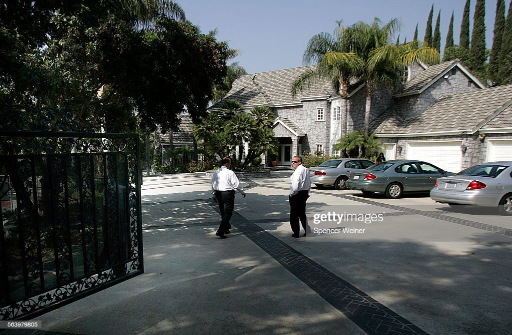 Covina Hills, Ca  Police investigators outside West Covina murder