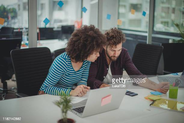 coworkers - social media marketing stock pictures, royalty-free photos & images