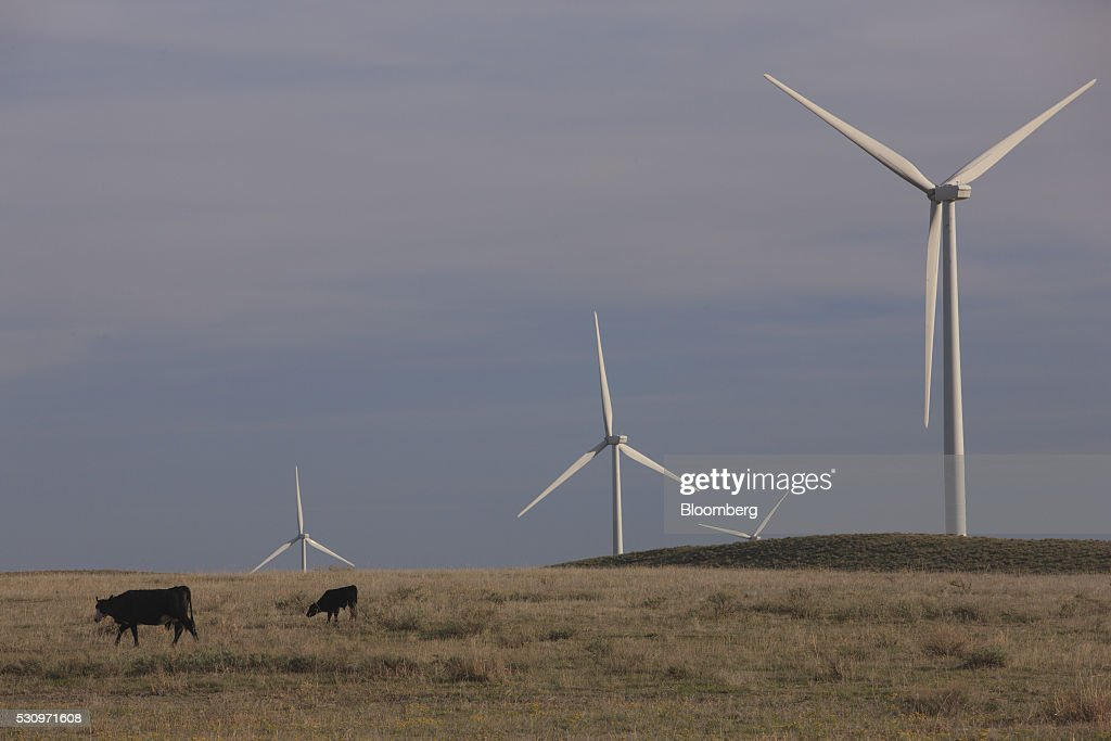 Technicians Work At The Colorado Highlands Wind Farm As Occupation Becomes The Nation's Fastest Growing : News Photo