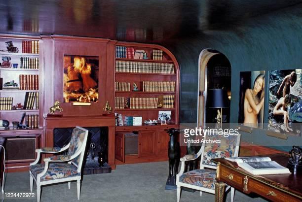 Cozy room by Gunter Sachs, 2000s.