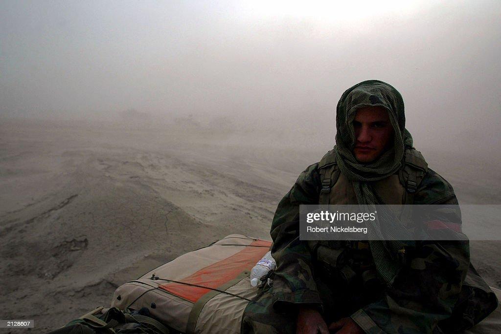 U.S. Marines Move Towards Baghdad In Dust Storm : News Photo