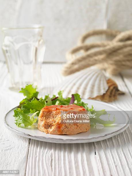 crab and prawn terrine with lettuce - chilli crab stock photos and pictures