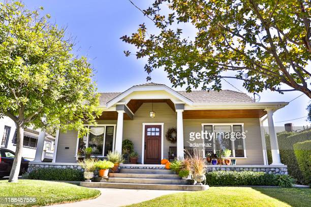 craftsman bungalow house - house exterior stock pictures, royalty-free photos & images
