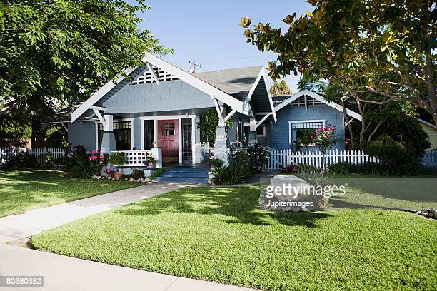 craftsman home exterior and front yard - house exterior stock pictures, royalty-free photos & images