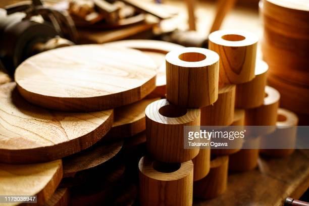 craftsman in wood , woodwork carpenter tool sawmill - 工芸品 ストックフォトと画像