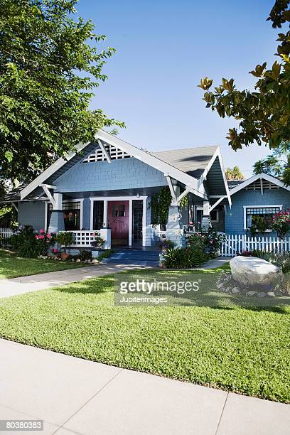 craftsman style home exterior - picket stock pictures, royalty-free photos & images
