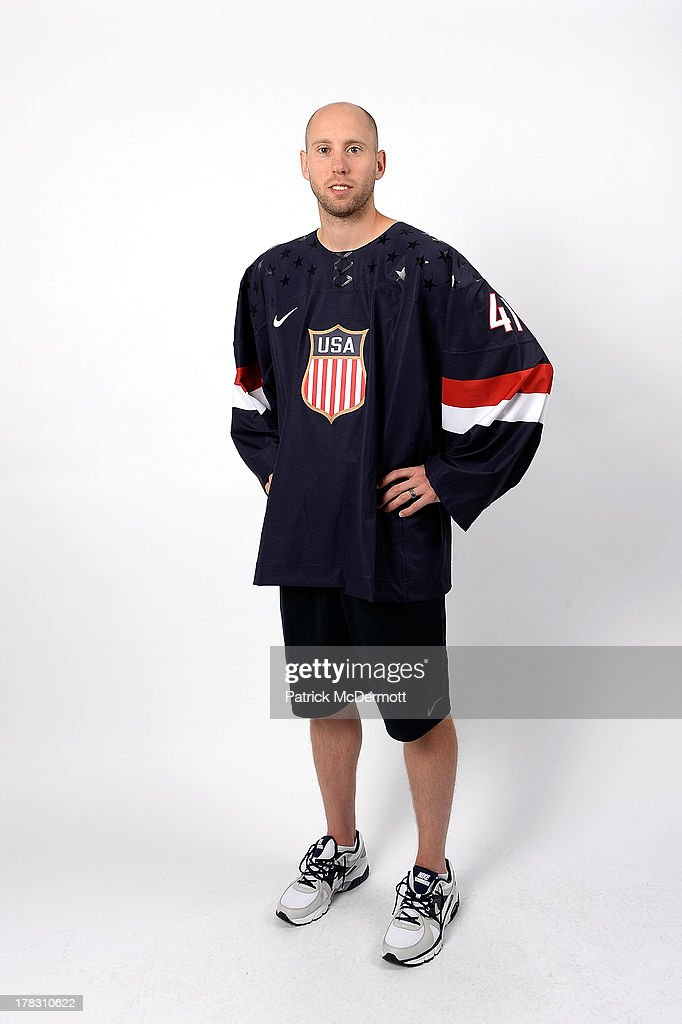 Craig Anderson poses after being named a candidate for the 2014 USA Hockey Olympic Team at the Kettler Capitals Iceplex on August 27, 2013 in Arlington, Virginia.