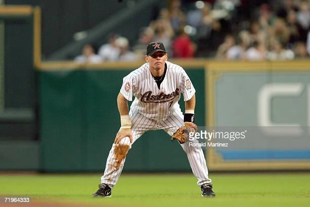 Craig Biggio of the Houston Astros gets ready on the field during the game against the Cincinnati Reds on September 19, 2006 at Minute Maid Park in...