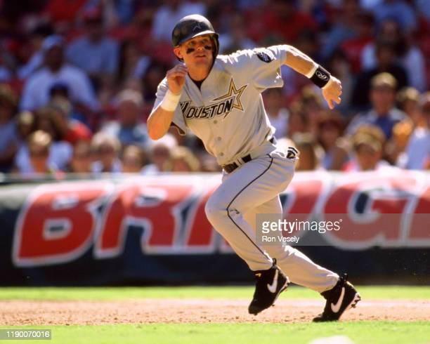 Craig Biggio of the Houston Astros runs the bases during an MLB game versus the Chicago Cubs at Wrigley Field in Chicago, Illinois during the 1999...