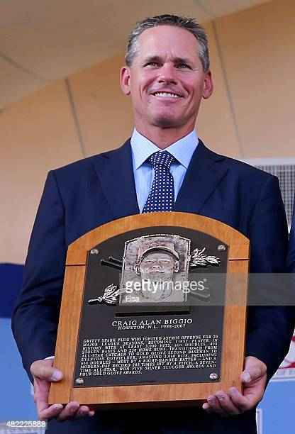 Craig Biggio poses with his plaque during the Hall of Fame Induction Ceremony at National Baseball Hall of Fame on July 26, 2015 in Cooperstown, New...