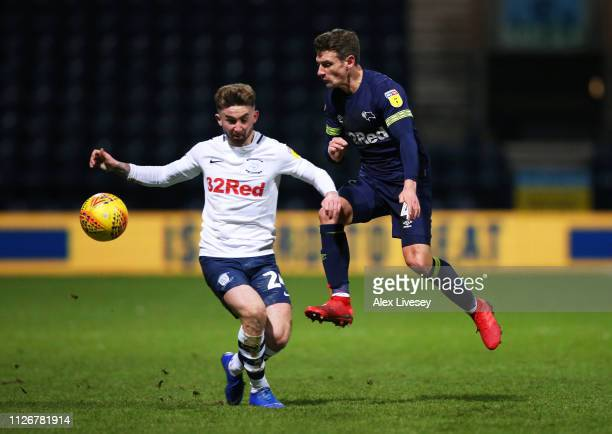 Craig Bryson of Derby County evades Sean Maguire of Preston North End during the Sky Bet Championship match between Preston North End and Derby...