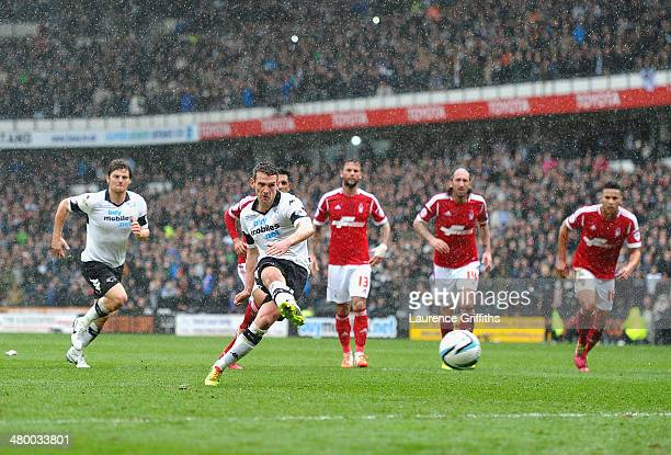 Craig Bryson of Derby County scores from the penalty spotduring the Sky Bet Championship match between Derby County and Nottingham Forest at iPro...