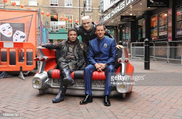 R] Craig Charles as Dave Lister Robert Llewellyn as Kryten and Chris Barrie as Arnold Rimmer attend a photocall for the return of Red Dwarf with a...