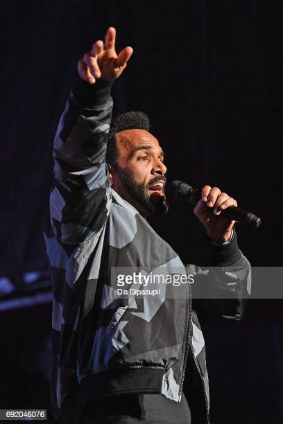 Craig David performs onstage during 1035 KTU's KTUphoria 2017 presented by ATT at Northwell Health at Jones Beach Theater on June 3 2017 in Wantagh...