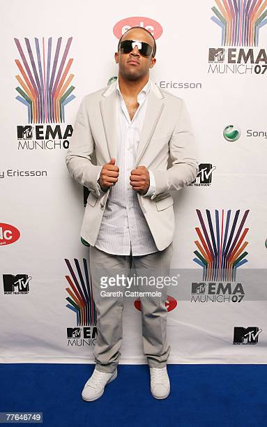 Craig David poses in the Awards Room during the MTV Europe Music Awards 2007 at the Olympiahalle on November 1 2007 in Munich Germany
