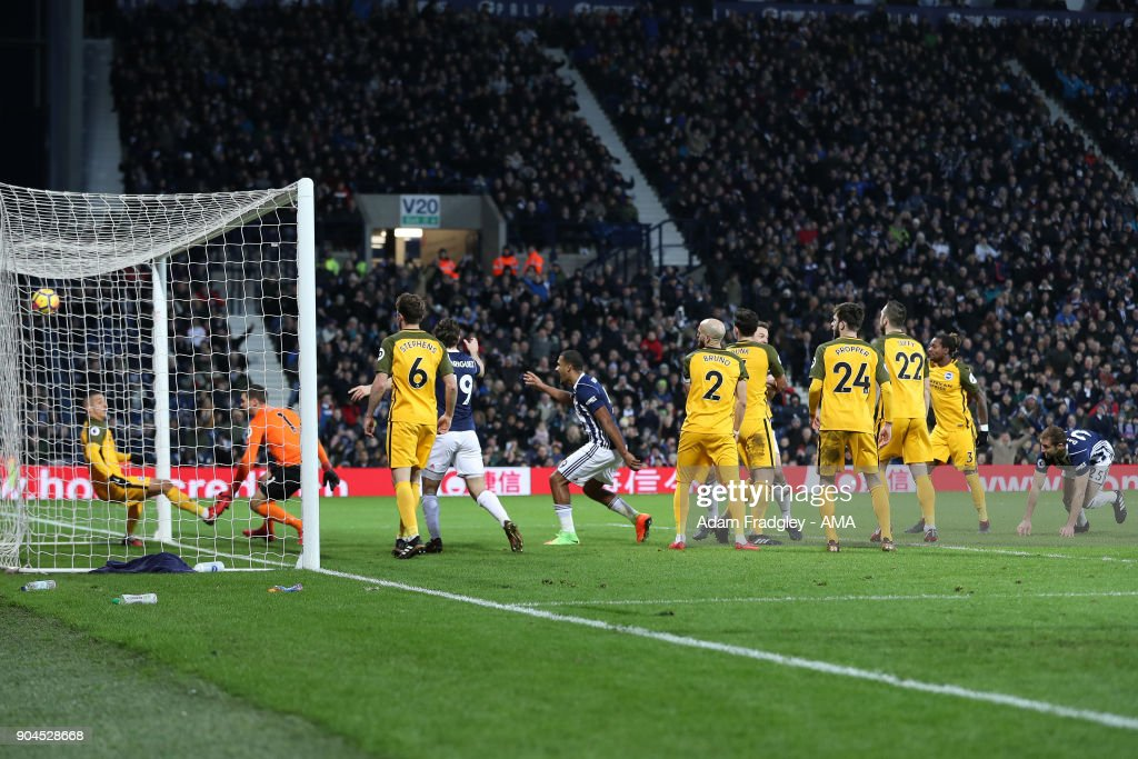 Craig Dawson of West Bromwich Albion scores a goal to make it 2-0 during the Premier League match between West Bromwich Albion and Brighton and Hove Albion at The Hawthorns on January 13, 2018 in West Bromwich, England.