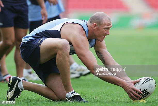 Craig Fitzgibbon of New South Wales lines up a kick at goal during a team training session at Suncorp Stadium on May 24 2005 in Brisbane Australia