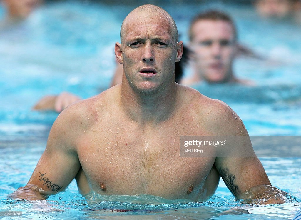 Craig Fitzgibbon swims at a pool session during the Country Origin team assembly at Aussie Stadium on April 30, 2007 in Sydney, Australia.