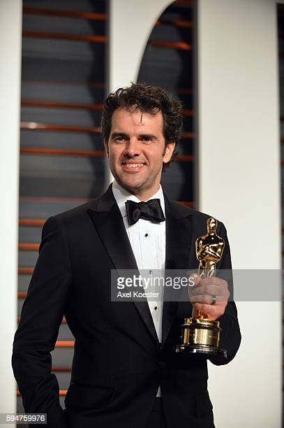 Craig Mann winner of the Best Sound Mixing Award for his work on Whiplash attends the 2015 Vanity Fair Oscar Party hosted by Graydon Carter at the...