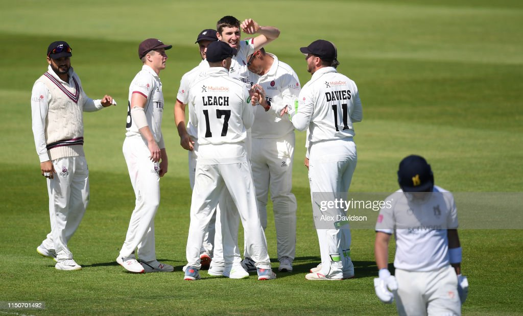 GBR: Somerset v Warwickshire - Specsavers County Championship - Day Two
