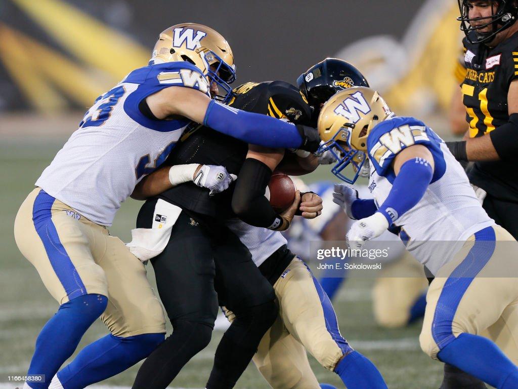 Winnipeg Blue Bombers v Hamilton Tiger-Cats : News Photo