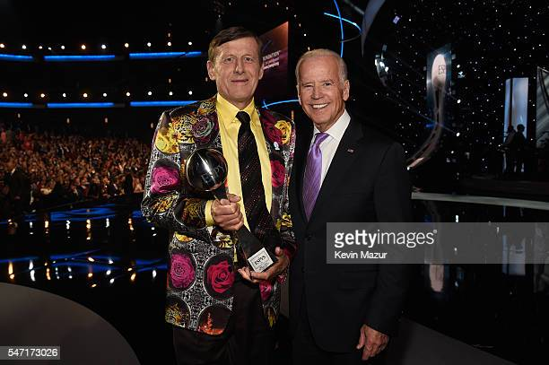 Craig Sager winner of the Jimmy V Perseverance Award and Vice President of the United States Joe Biden at the 2016 ESPYS at Microsoft Theater on July...