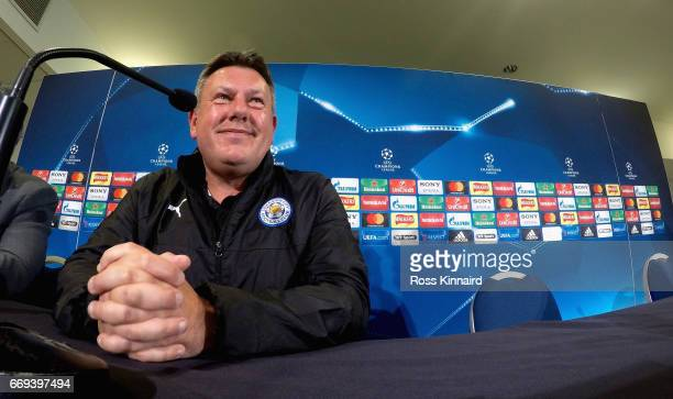 Craig Shakespeare the mamager of Leicester City faces the cameras during a press conference at The King Power Stadium on April 17, 2017 in Leicester,...