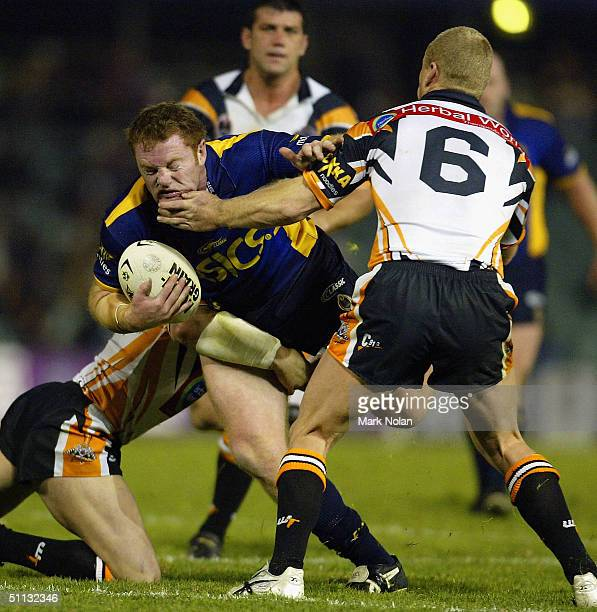 Craig Stapleton of the Eels in action during the round 21 NRL match between the Parramatta Eels and Wests Tigers at Parramatta Stadium on July 30...