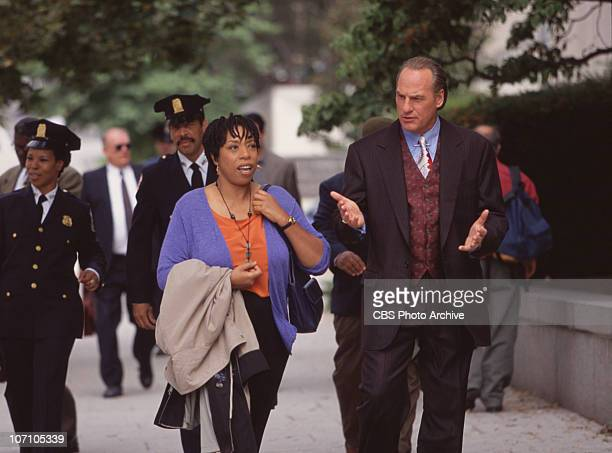 """Craig T. Nelson as Chief Jack Mannion, and Lynne Thigpen as Ella Farmer star in """"The District""""."""