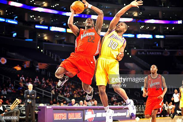 Craig Winder of the Rio Grande Valley Vipers has his shot challenged by Darren Cooper of the Los Angeles DFenders at Staples Center on February 20...