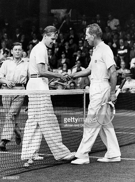 Cramm Gottfried von *Unternehmer Sportler Tennis 'Tennisbaron' D nach seinem Sieg gegen Allison beim DavisCup in Wimbledon 1935Veroeffentlicht BZ