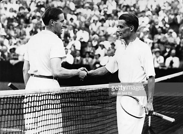 Cramm Gottfried von *Unternehmer Sportler Tennis 'Tennisbaron' D nach dem Sieg gegen Austin im DavisCup 1932Foto Hans Henschke