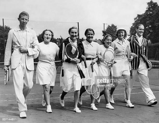 Cramm Gottfried von Unternehmer Sportler Tennis 'Tennisbaron' D mit Donald Budge AM Yorke Madame Mathieu Frau Jedrzejowska Anita Lizana Alice Marble...