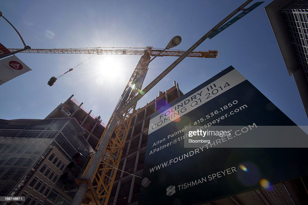 A crane stands at the 279,000 square foot Tishman Speyer Properties LP Foundry Square III construction site on Howard Street in San Francisco, California, U.S., on Wednesday, May 1, 2013. Leasing by San Francisco-area technology firms is slowing just as developers are poised to add 6.5 million square feet of office space to the city and Silicon Valley, the most construction in a dozen years. Photographer: David Paul Morris/Bloomberg via Getty Images