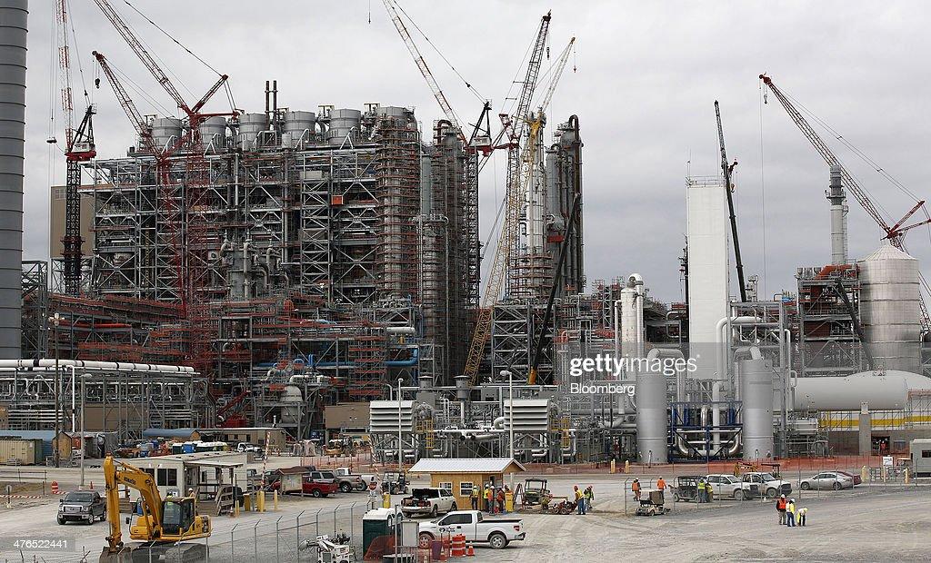 Construction At First U.S. Carbon Capture Coal Plant : News Photo