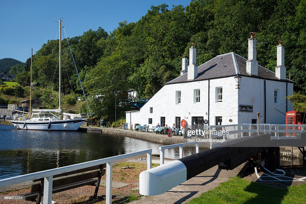 Craning Cafe and boats on the Crinan Sea Lock : Stock Photo
