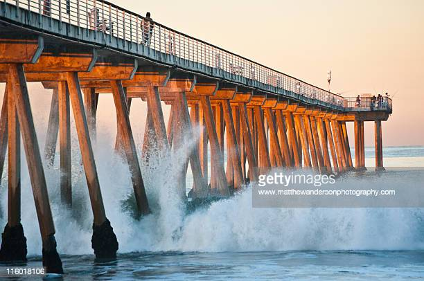 crash at the pier - hermosa beach stock pictures, royalty-free photos & images