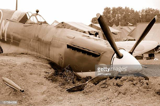 crash landing. - spitfire stock pictures, royalty-free photos & images