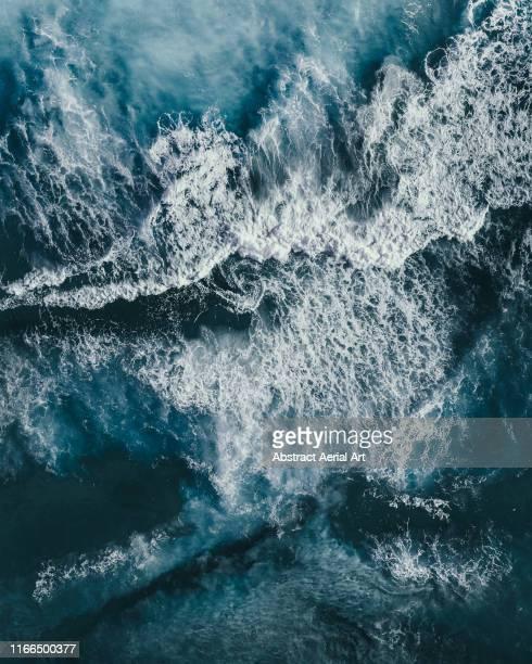 crashing waves of the southern ocean photographed by drone, esperance, australia - oceano antartico foto e immagini stock