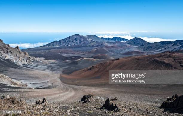 crater of mount haleakala - phil haber stock pictures, royalty-free photos & images