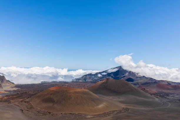 Craters Kama?oli?i, Pu?uom'ui, Pu?uopele and Kamohoalii, Sliding Sands Trail, Haleakala volcano, Haleakala National Park, Maui, Hawaii, USA
