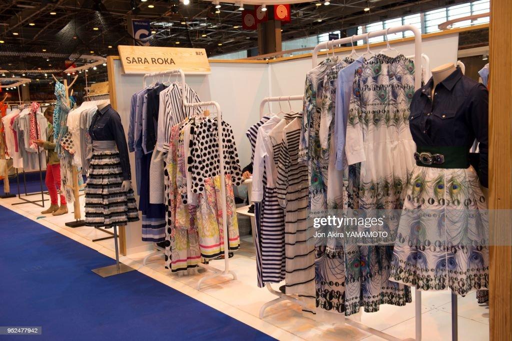 Créations Sur Le Stand Du Designer Italien Sarah Roka Au Salon