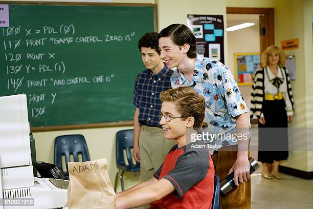 THE GOLDBERGS 'Crazy Calls' After getting their firstever answering machines Murray and PopPop wage a message war on one another Fed up Erica Barry...