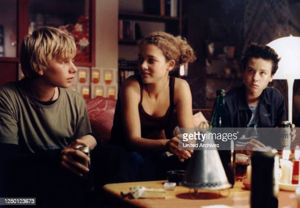 Crazy, D 2000, Regie: Hans-Christian Schmid, ROBERT STADLOBER, OONA-DEVI LIEBICH, TOM SCHILLING.